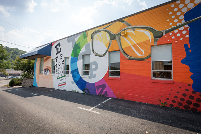Cool exterior from Opticare Vision Center