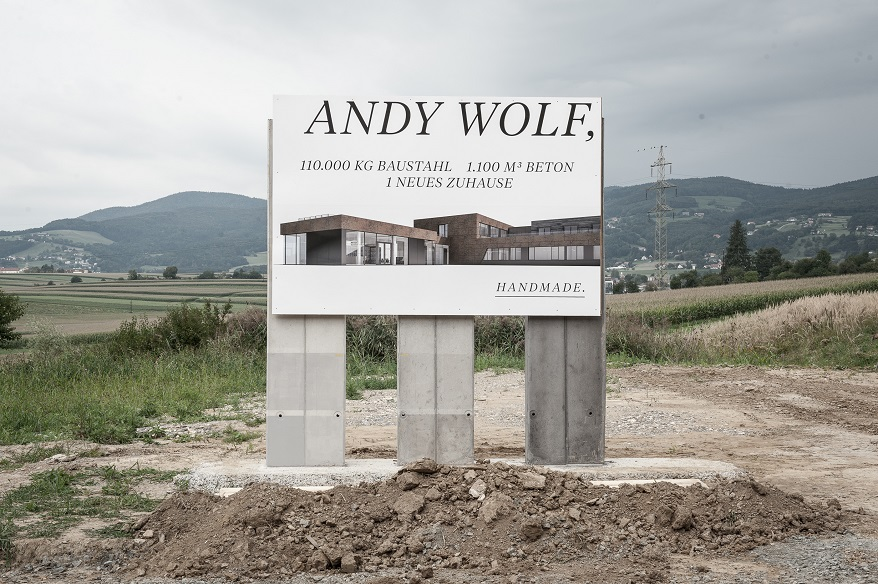 INVISION Andywolf