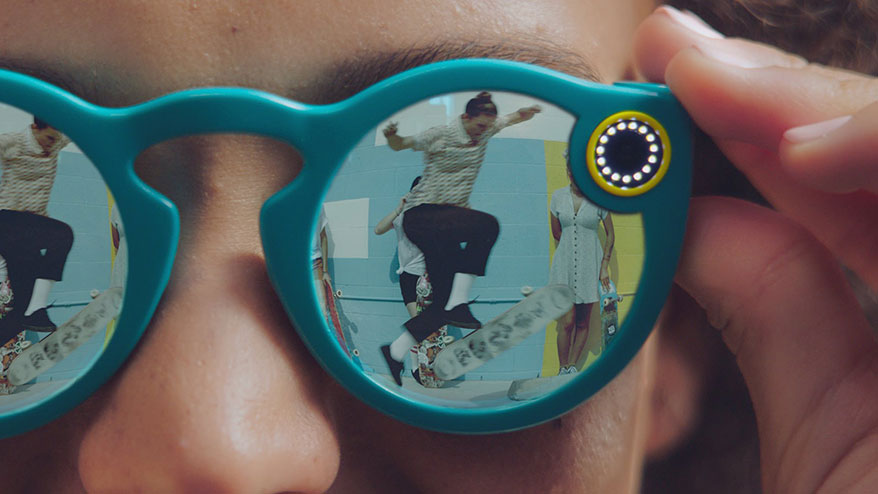 Can High-Tech Glasses Overcome the 'Nerd Factor'?