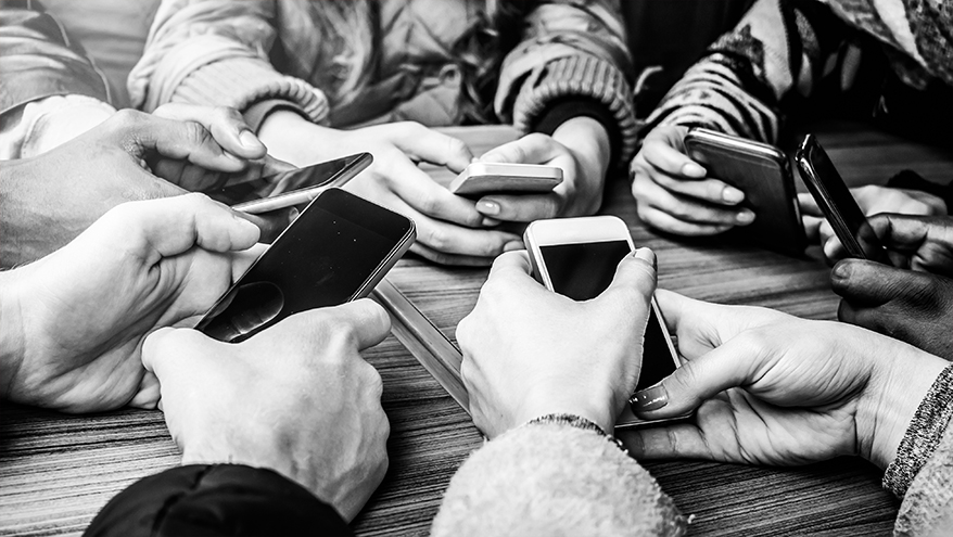 Your Customers Are Constantly on Their Phones, Why Are More Than 60% of You Not Grabbing Their Attention There?