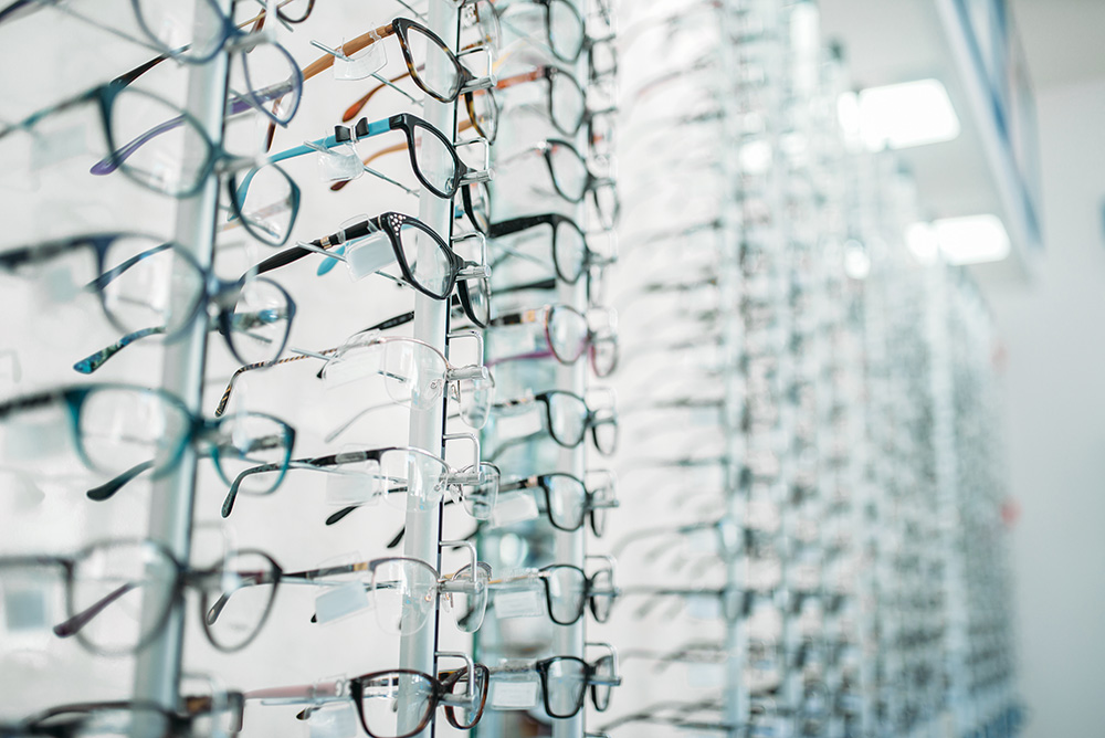 Frame and Lens Selection to Help People See and Look Their Best