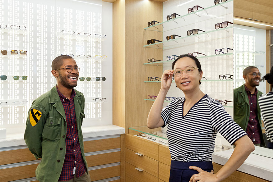 "66e7c8d00f5b ""99 percent of our Rx glasses have anti-glare coating and most demo lenses  do not"