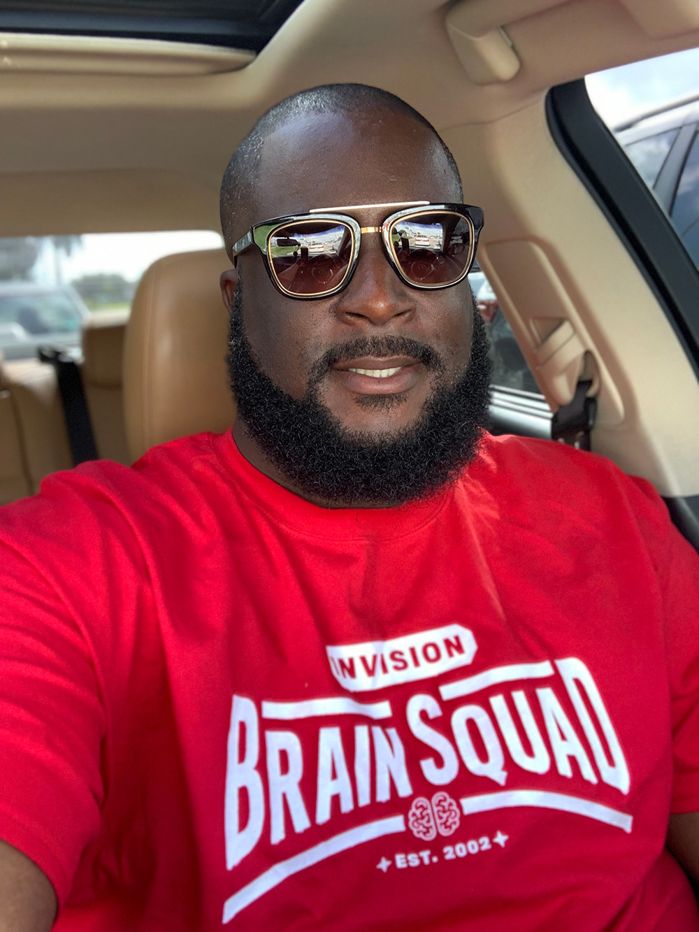 Florida Eye Doc Drives Around in Style   … and More Brain Squad Members in Their INVISION T-Shirts
