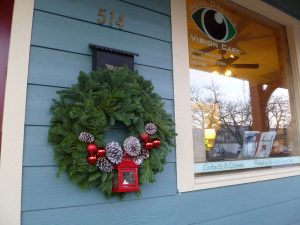 Christmas decor by the window of Pend Oreille Vision Care