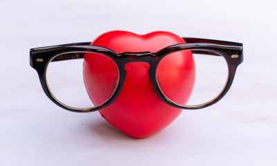 heart and eyeglasses
