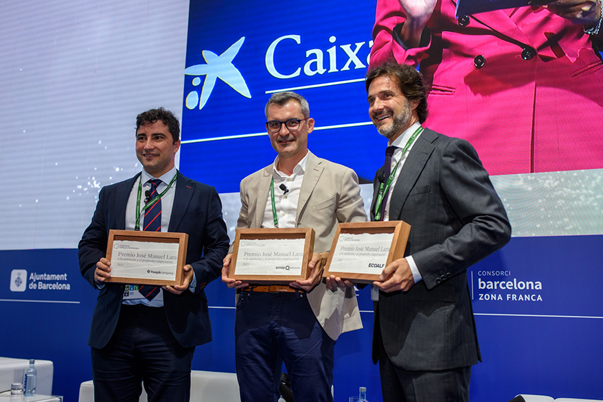 Etnia Barcelona Founder David Pellicer Receives Lara Award