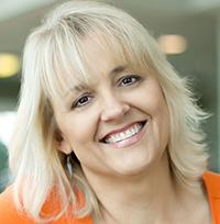Dr. Sandi Eveleth